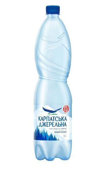Вода мінеральна Карпатська джерельна сильногазована ПЕТ 1.500 л., пак
